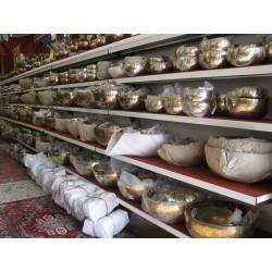 Klangschalen aus Nepal 2000 bis 3999 Gramm